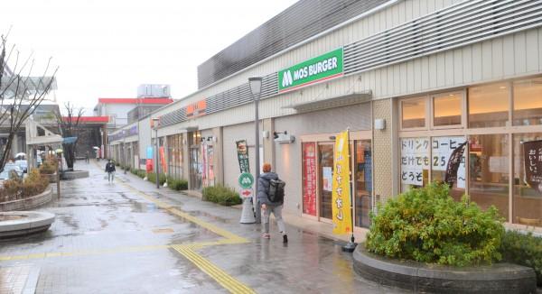 JR王寺駅前