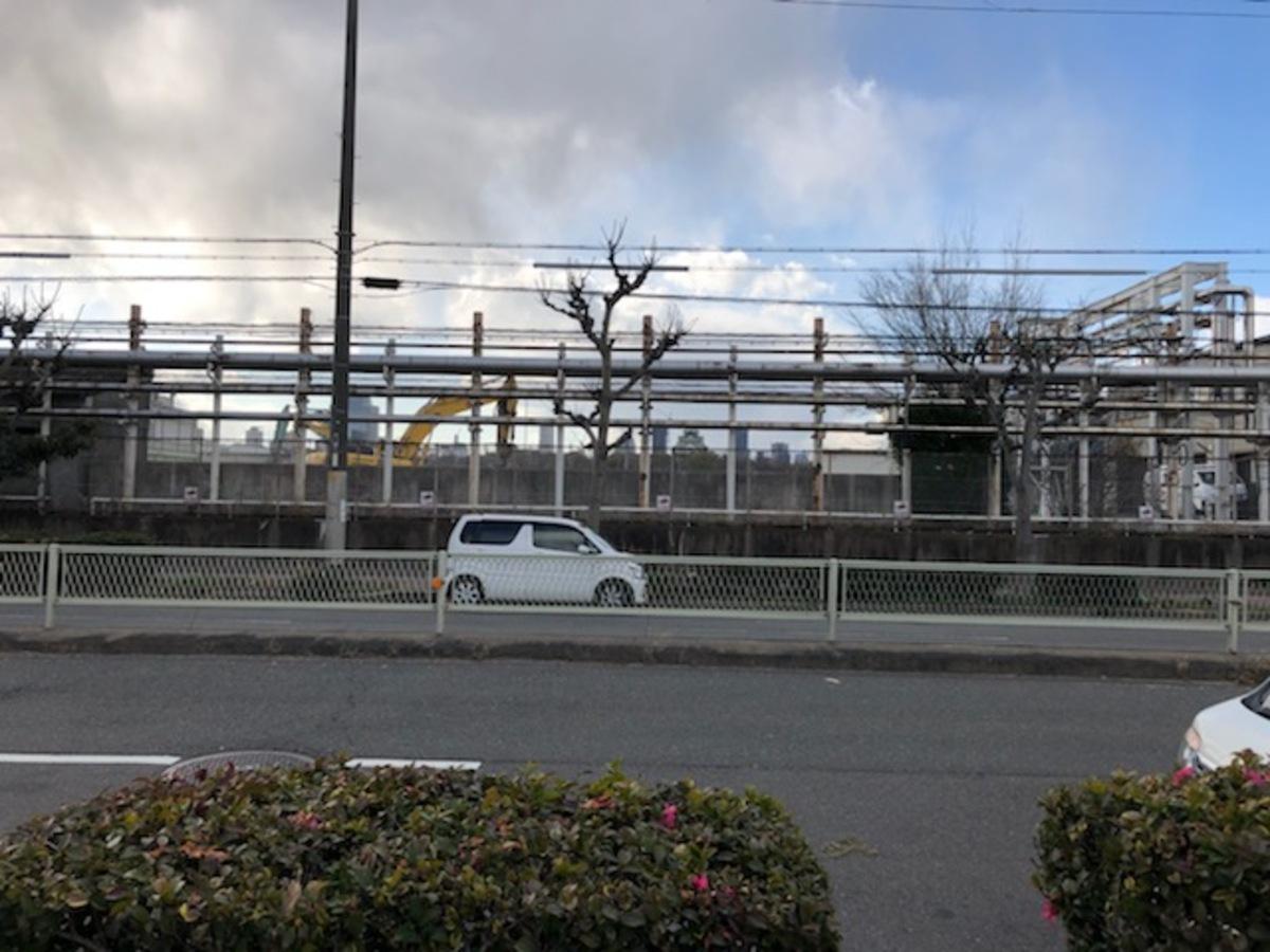 2月中旬に撮影。大阪メトロ検車場敷地内の更地工事が進められている