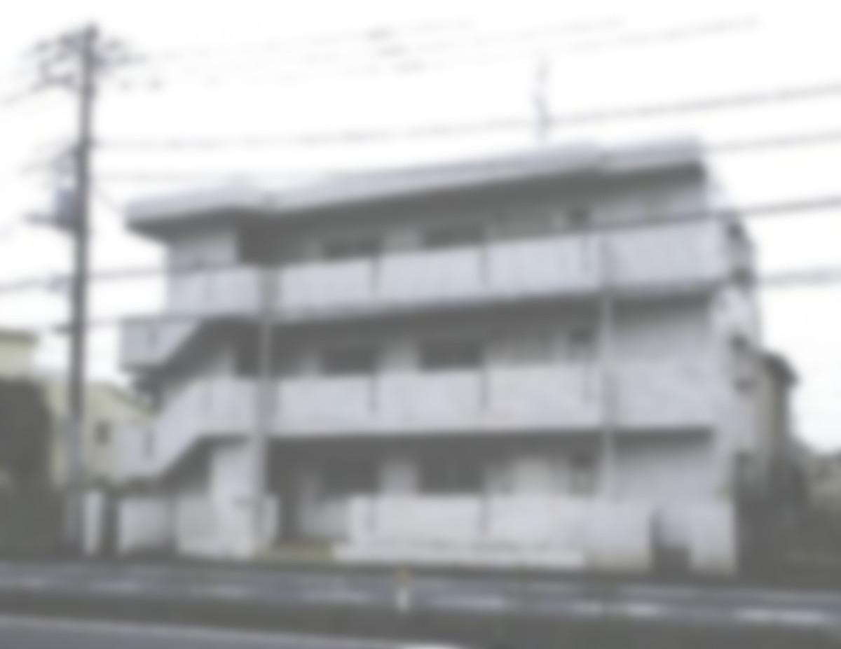 建物外観 築33年の鉄筋コンクリートのマンションである